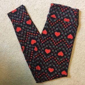OS Valentine's Day {LuLaRoe} leggings